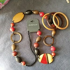 Wooden beaded necklace with three bangles